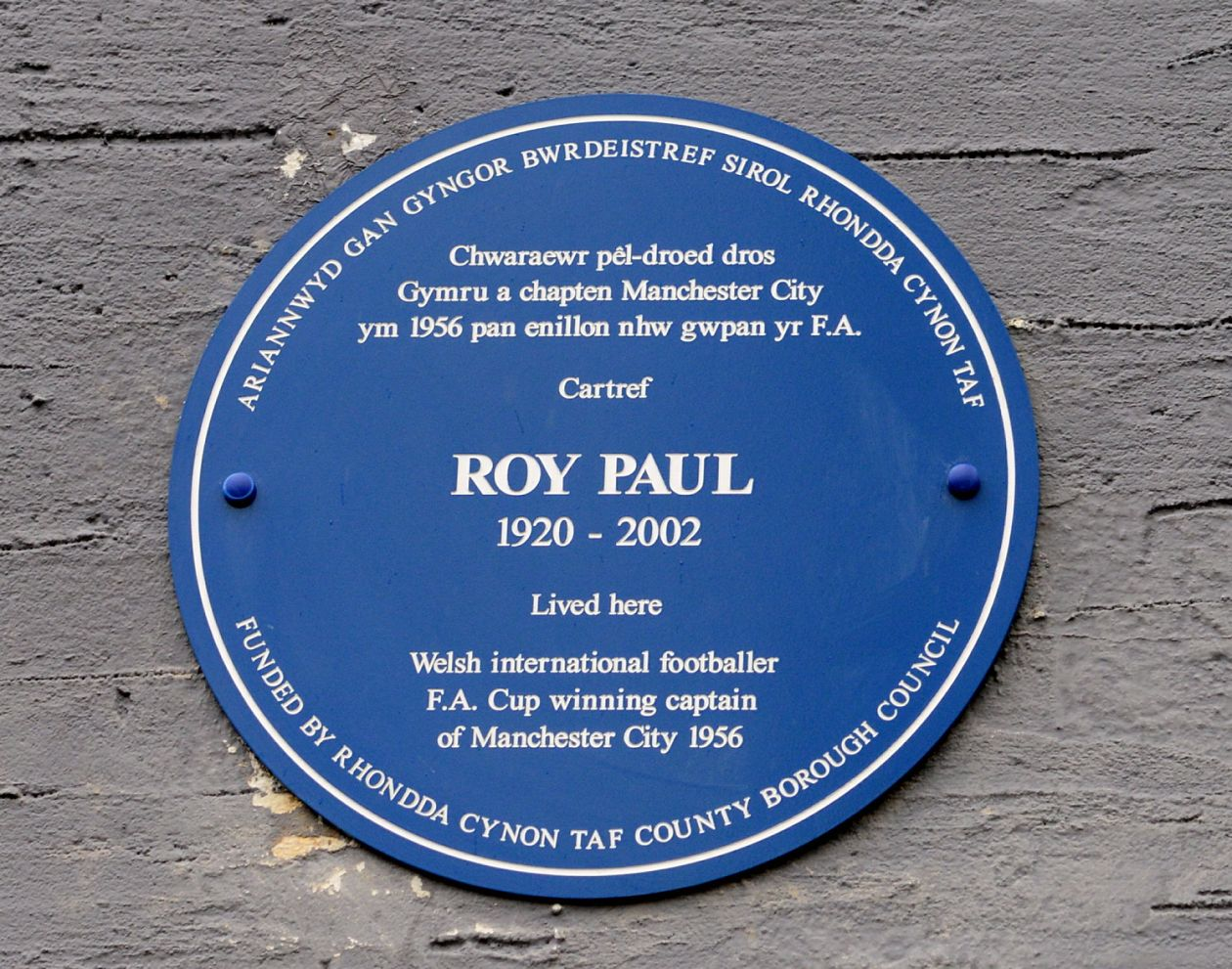 Roy Paul honoured by Blue Plaque